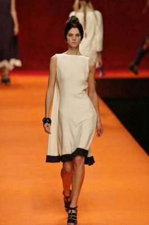 carla-bruni-photo-robe-mariee-hermes